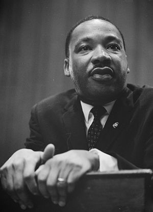 300px-Martin-Luther-King-1964-leaning-on-a-lectern.jpg