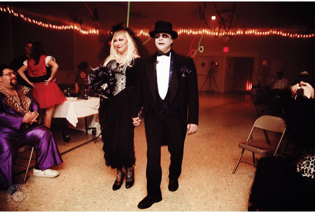 erin-mark-dayton-wedding-halloween-10.jpg