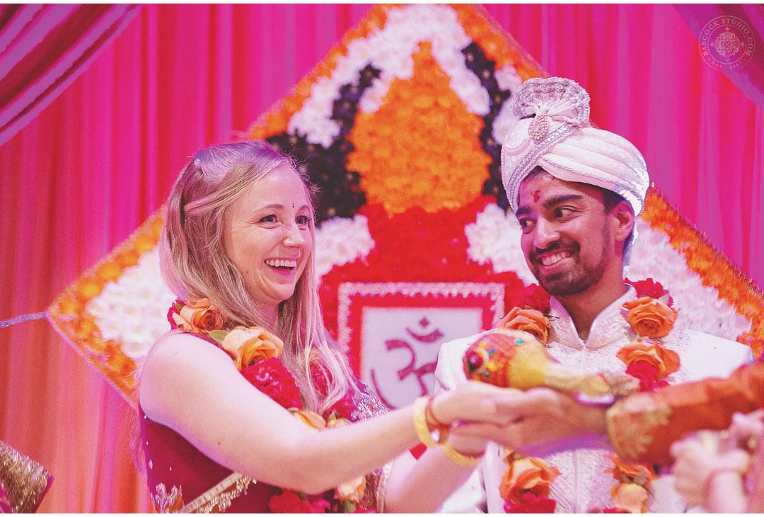 liz-nupur-indian-hindu-dayton-wedding-photography-13.jpg