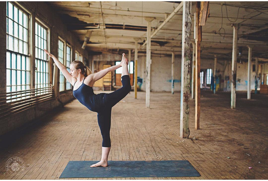saluke-dayton-photographer-yoga-fitness-11.jpg