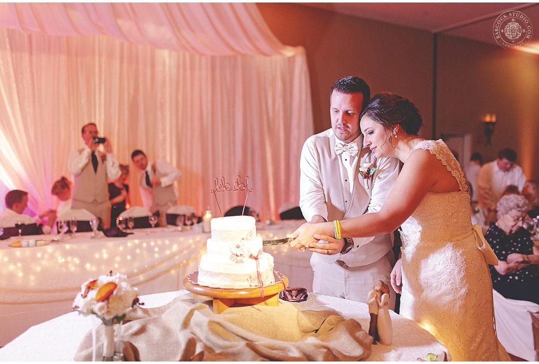 0048_sarah-john--dayton-wedding-photographer-cox-arboretum-47.jpg