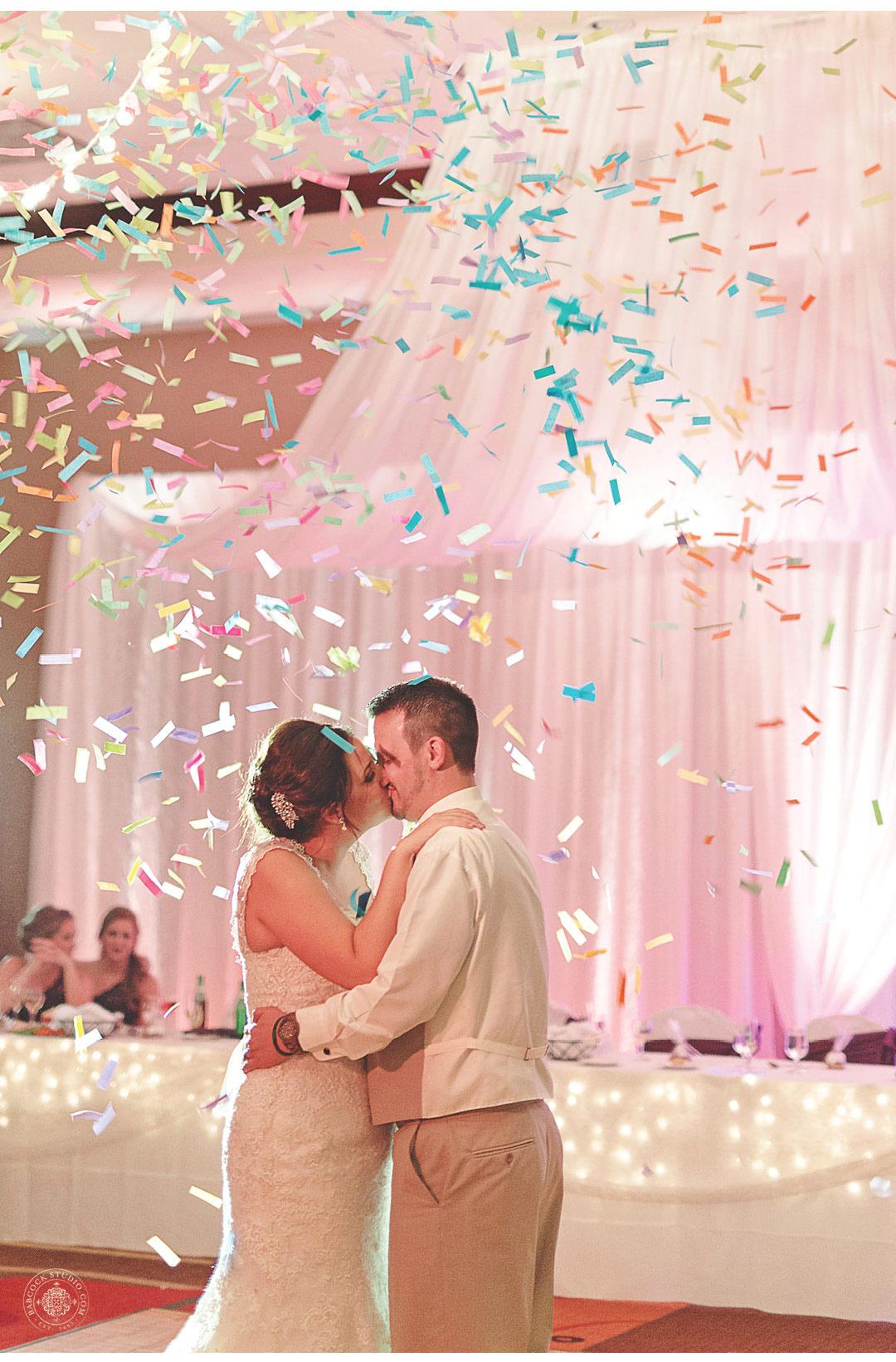 0051_sarah-john--dayton-wedding-photographer-cox-arboretum-51.jpg