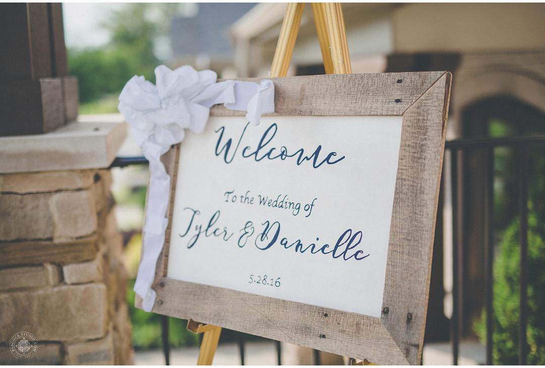 danielle-tyler-wedding-photographer-dayton-ohio-14.jpg
