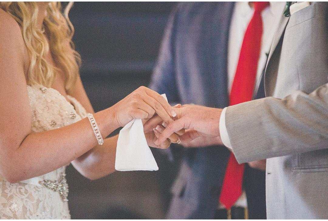 danielle-tyler-wedding-photographer-dayton-ohio-19.jpg
