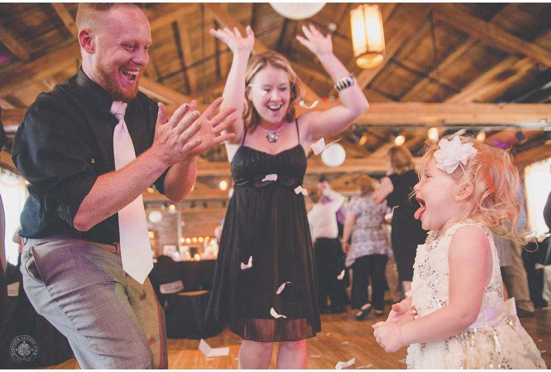 megan-nate-wedding-photographer-dayton-ohio-21.jpg