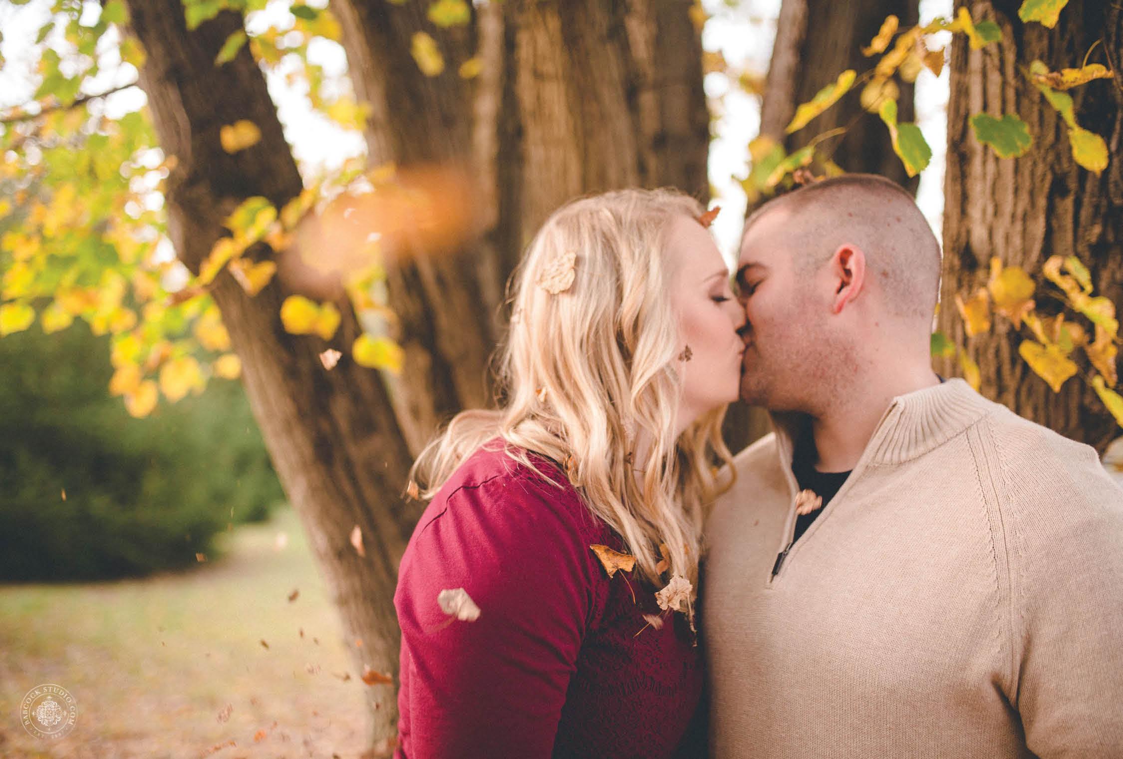 sarah-justin-engagement-photographer-dayton-ohio-8.jpg
