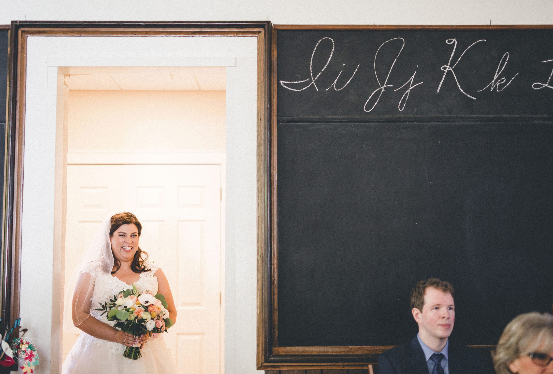 nicole-brendarn-school-house-wedding-photographer-dayton-ohio-10.jpg