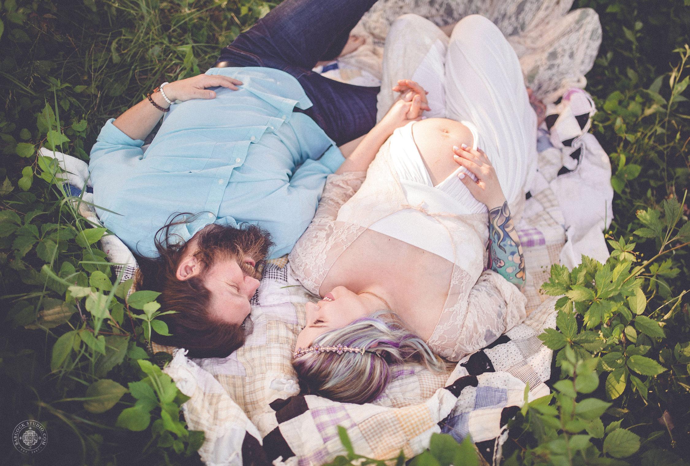rachel-matt-maternity-pregnancy-photographer-dayton-ohio-8.jpg