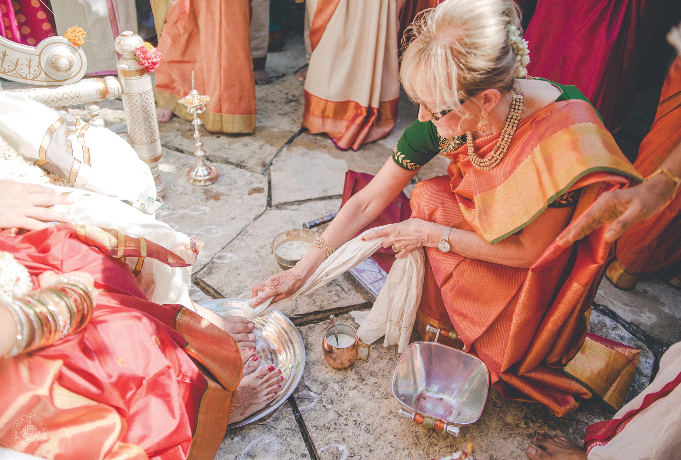 2anusha-andrew-indian-columbus-wedding-photographer-dayton-ohio-12.jpg