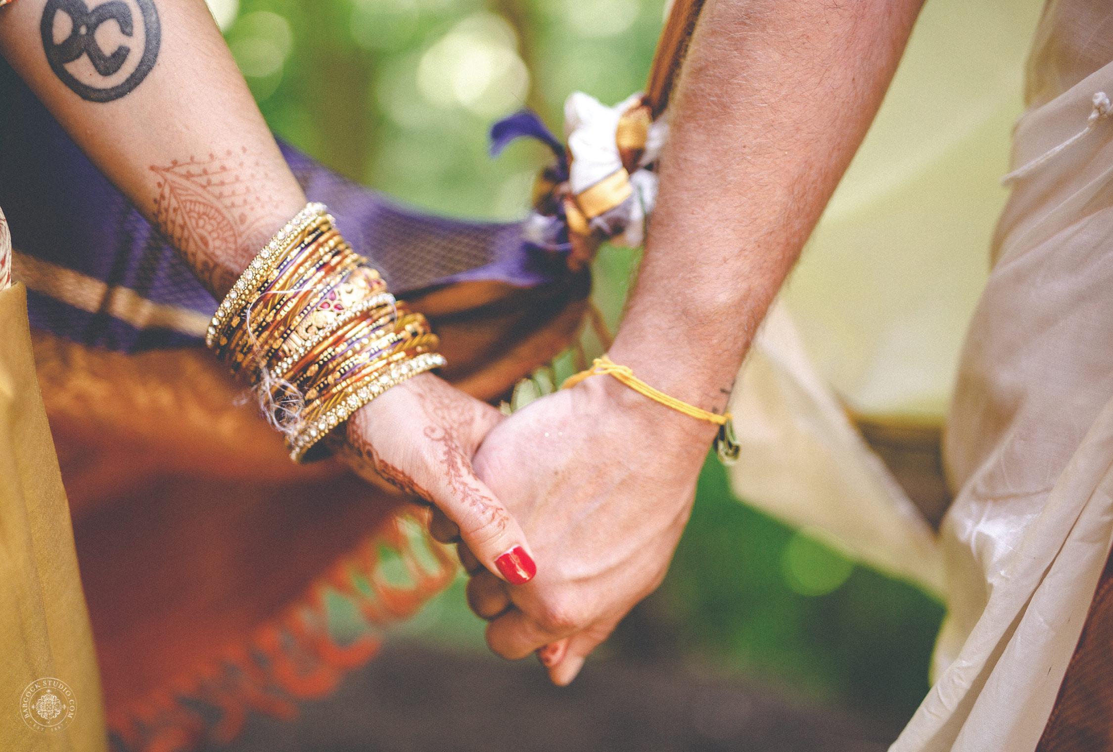 2anusha-andrew-indian-columbus-wedding-photographer-dayton-ohio-26.jpg