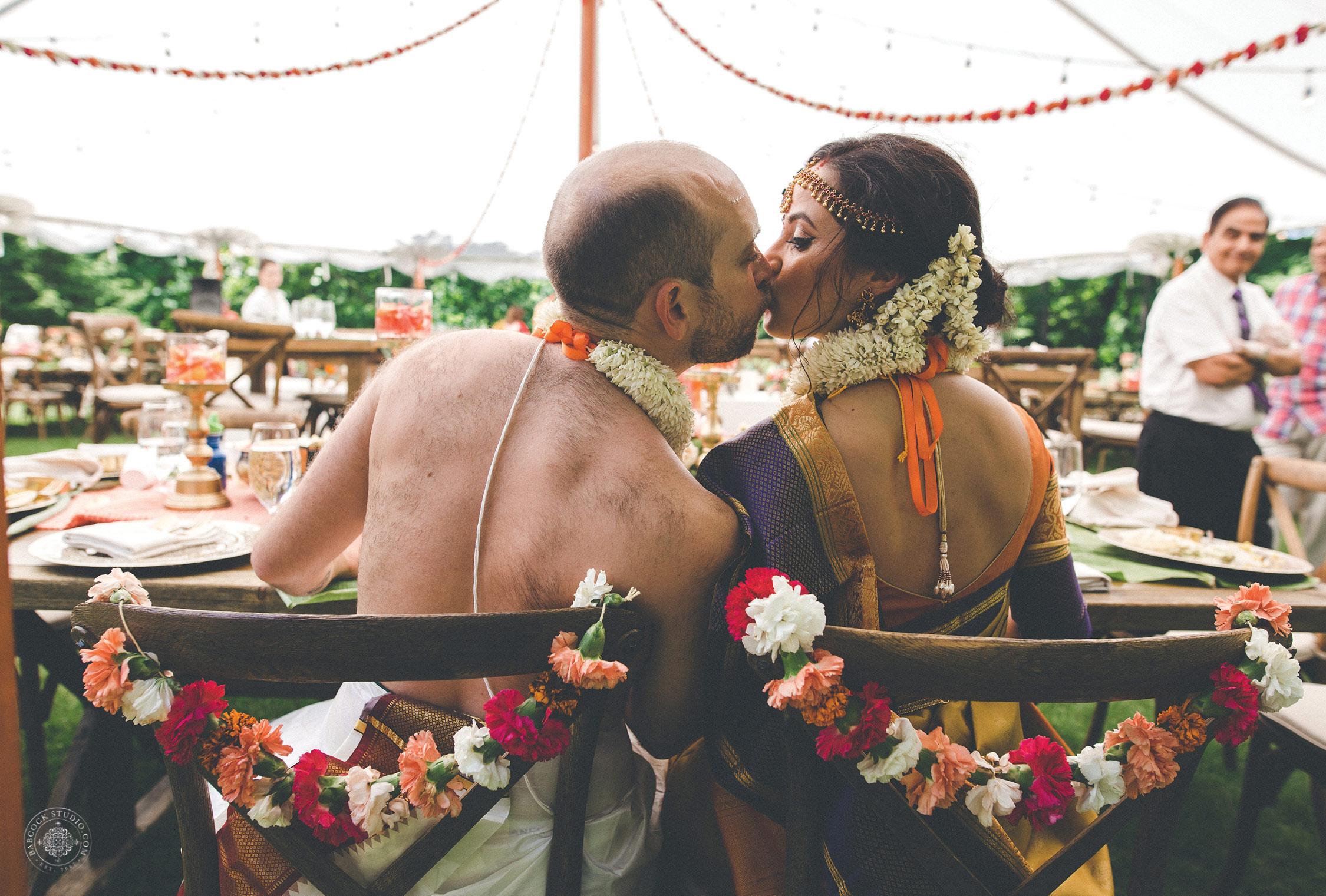 2anusha-andrew-indian-columbus-wedding-photographer-dayton-ohio-34.jpg