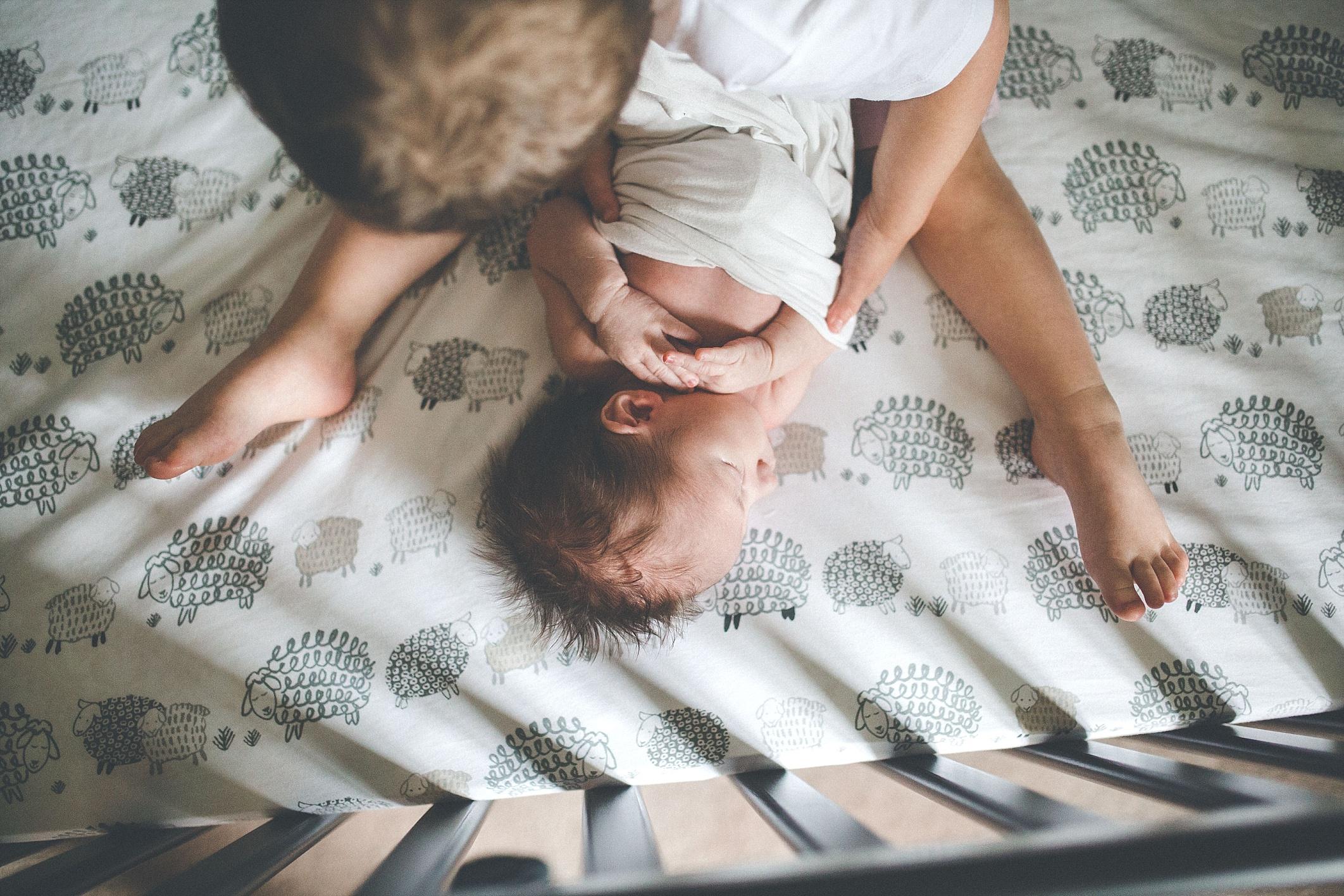 family-newborn-photographer-cincinnati-ohio_0034.jpg