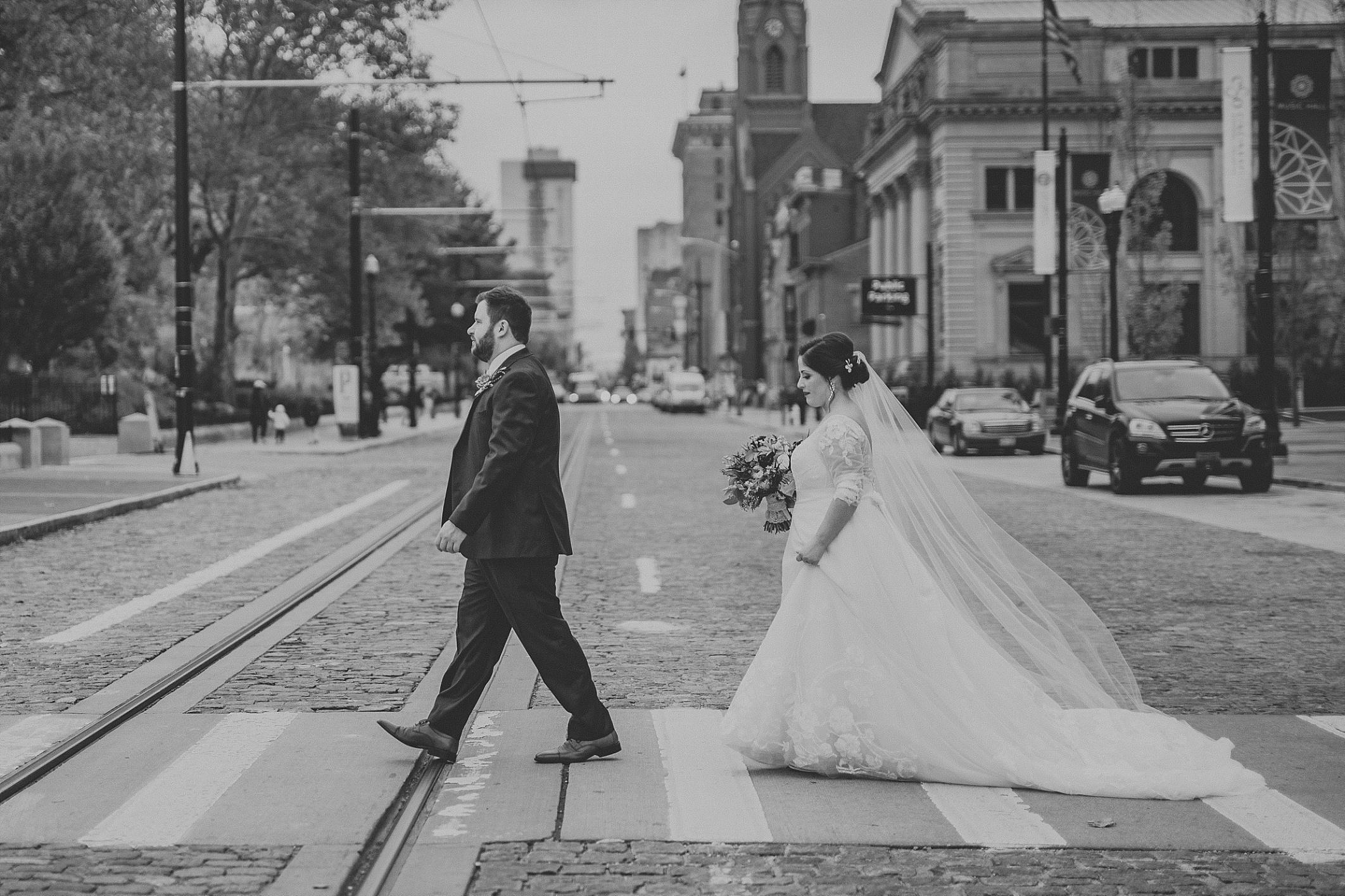 hilary-aaron-cincinnati-trancept-wedding-photographer-dayton-ohio_0013.jpg