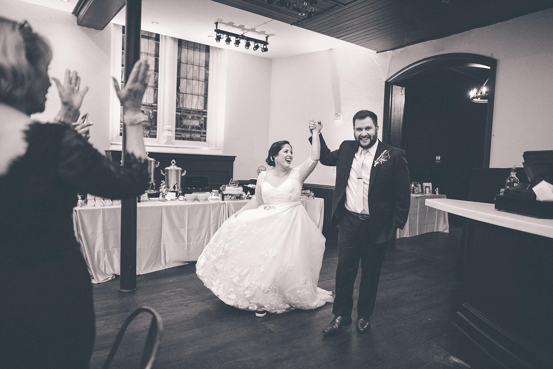 hilary-aaron-cincinnati-trancept-wedding-photographer-dayton-ohio_0044.jpg