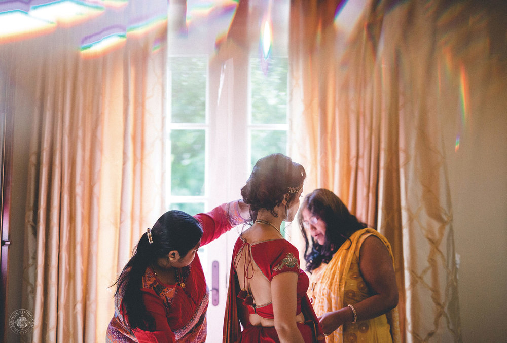 2anusha-andrew-indian-columbus-wedding-photographer-dayton-ohio-5.jpg