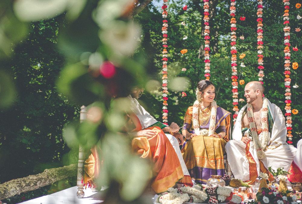 2anusha-andrew-indian-columbus-wedding-photographer-dayton-ohio-20.jpg