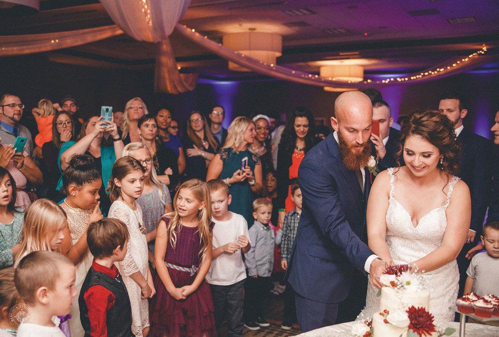 katie-jeff-wedding-photographer-dayton-ohio-30.jpg