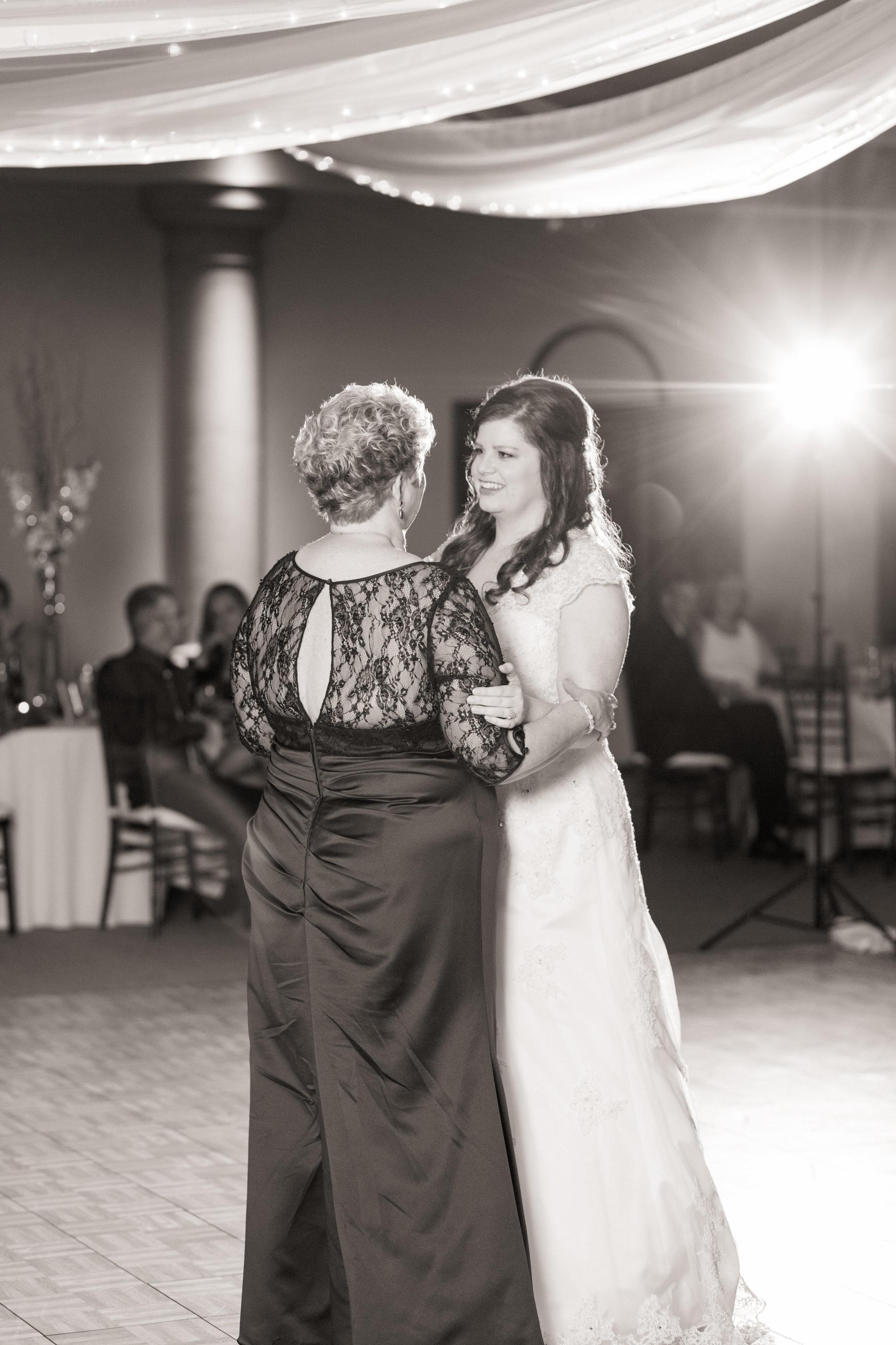 Sarah Rick-08 Intros Toasts Special Dances Etc-0120.jpg