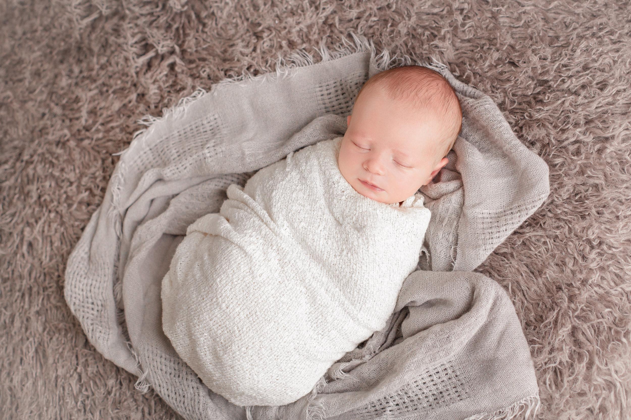 Sarah Cropper Photography   Columbus Newborn Photographer   Central Ohio Newborn Photographer
