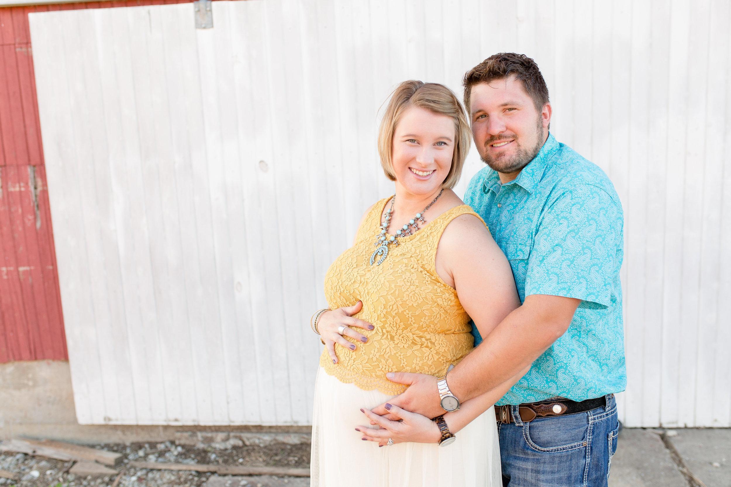 Columbus Maternity Photographer | Sarah Cropper Photography | Grove City Ohio Photographer