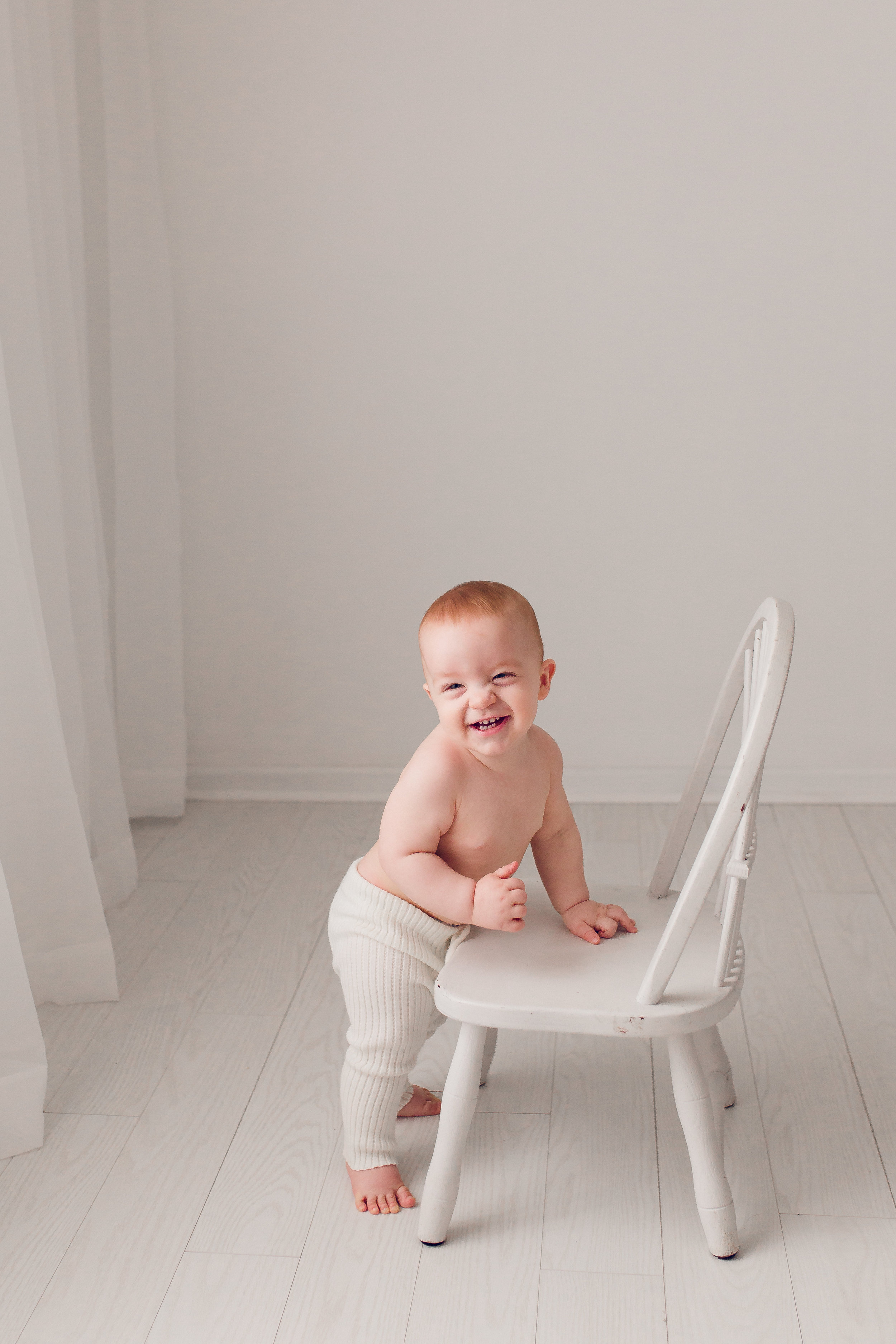 Sarah Cropper Photography - Baby Photo Standing on Chair - Columbus Baby Photographer