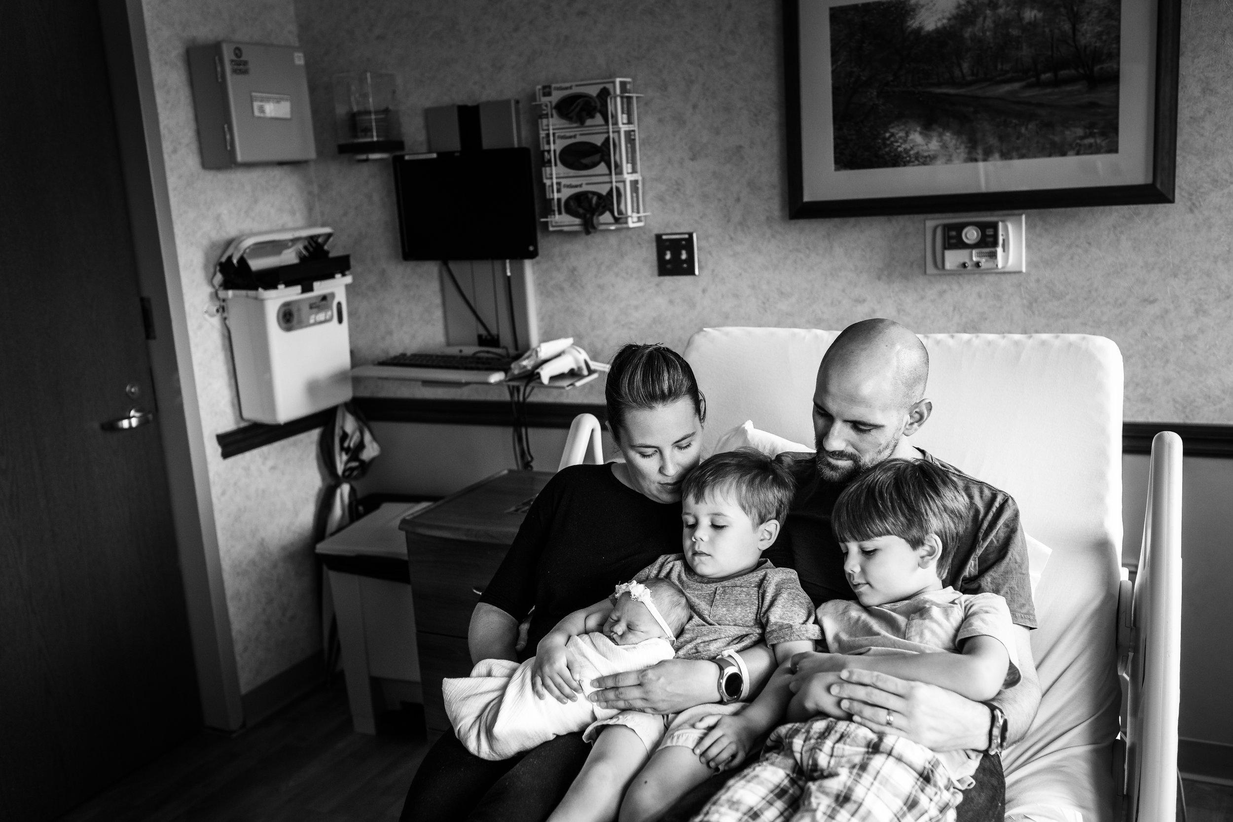 columbus-newborn-photographer-fresh 48-sarah-cropper-photography.jpg