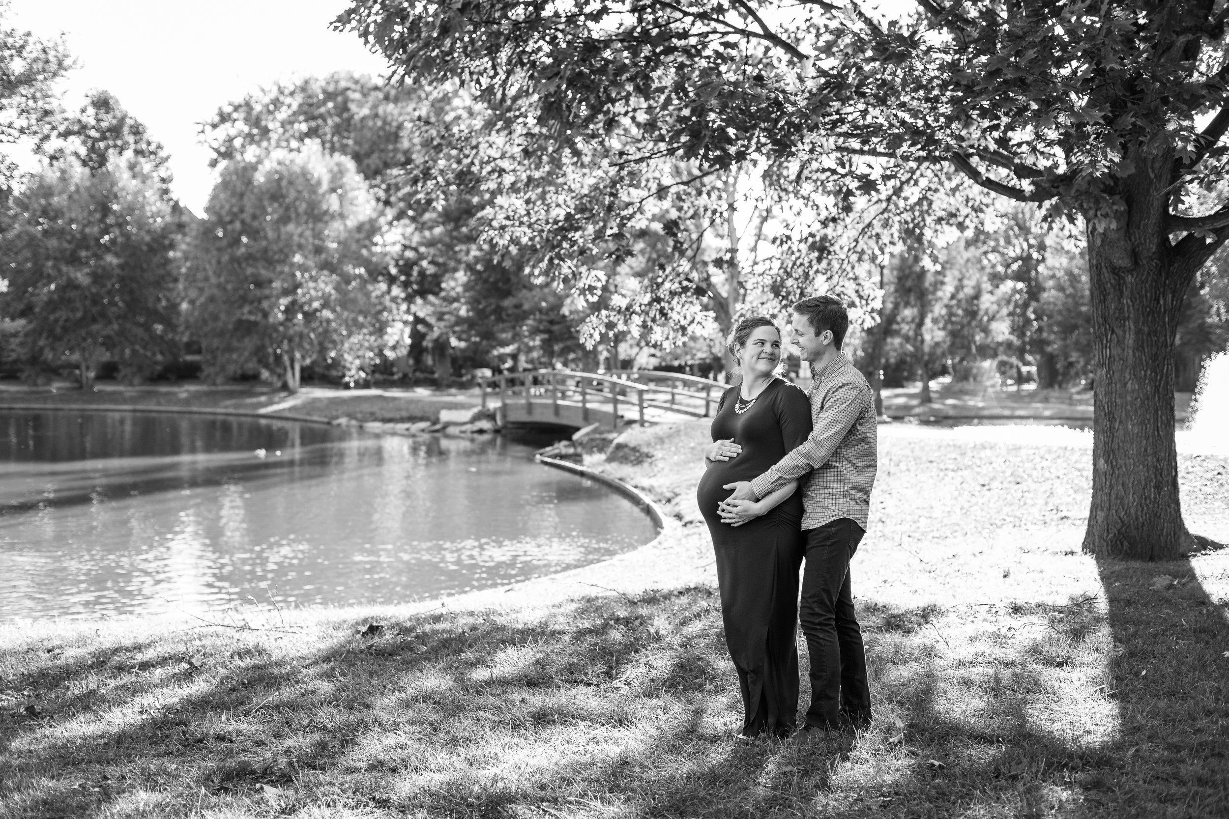 German Village, Ohio Maternity Photographer