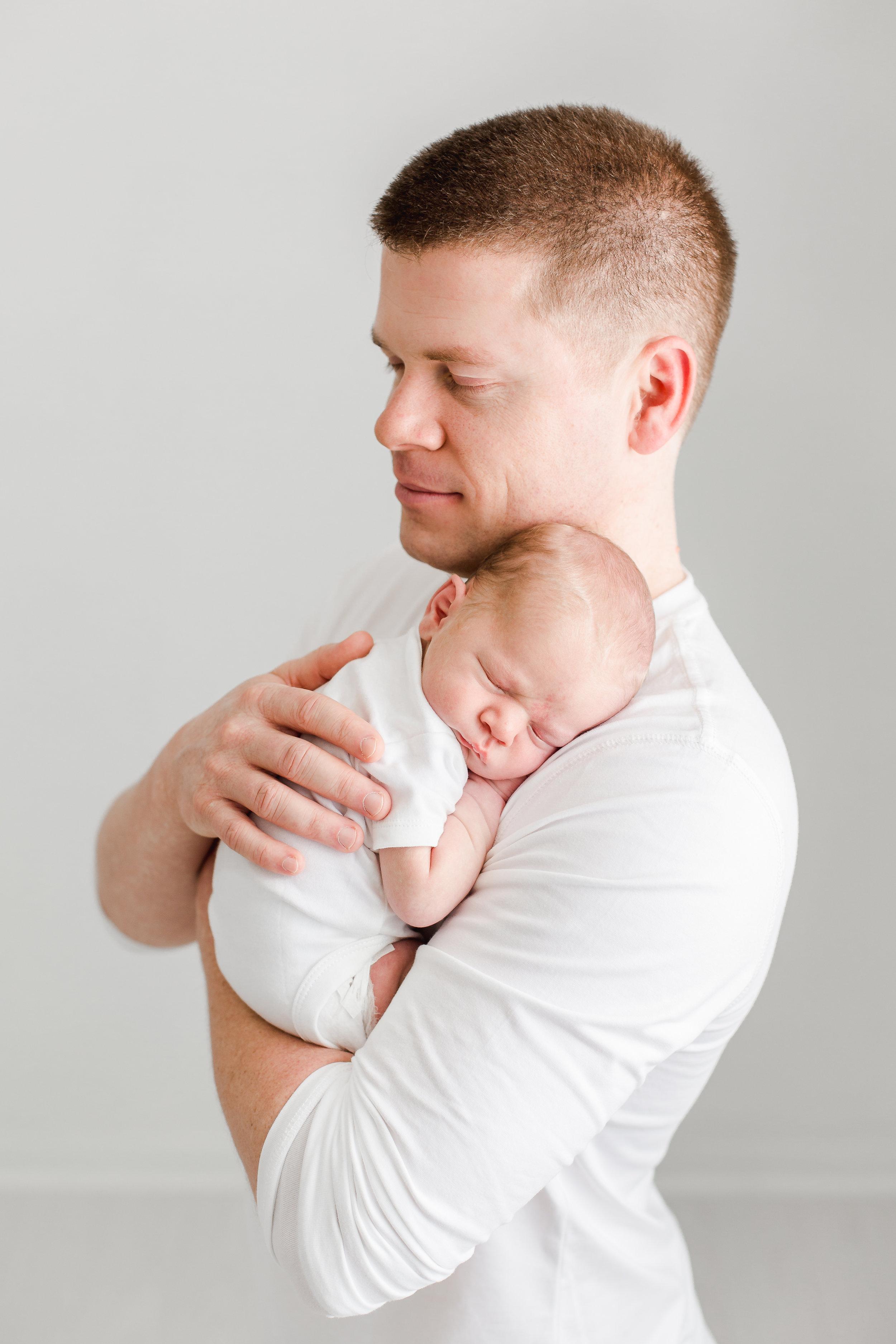 Dad and baby newborn photo