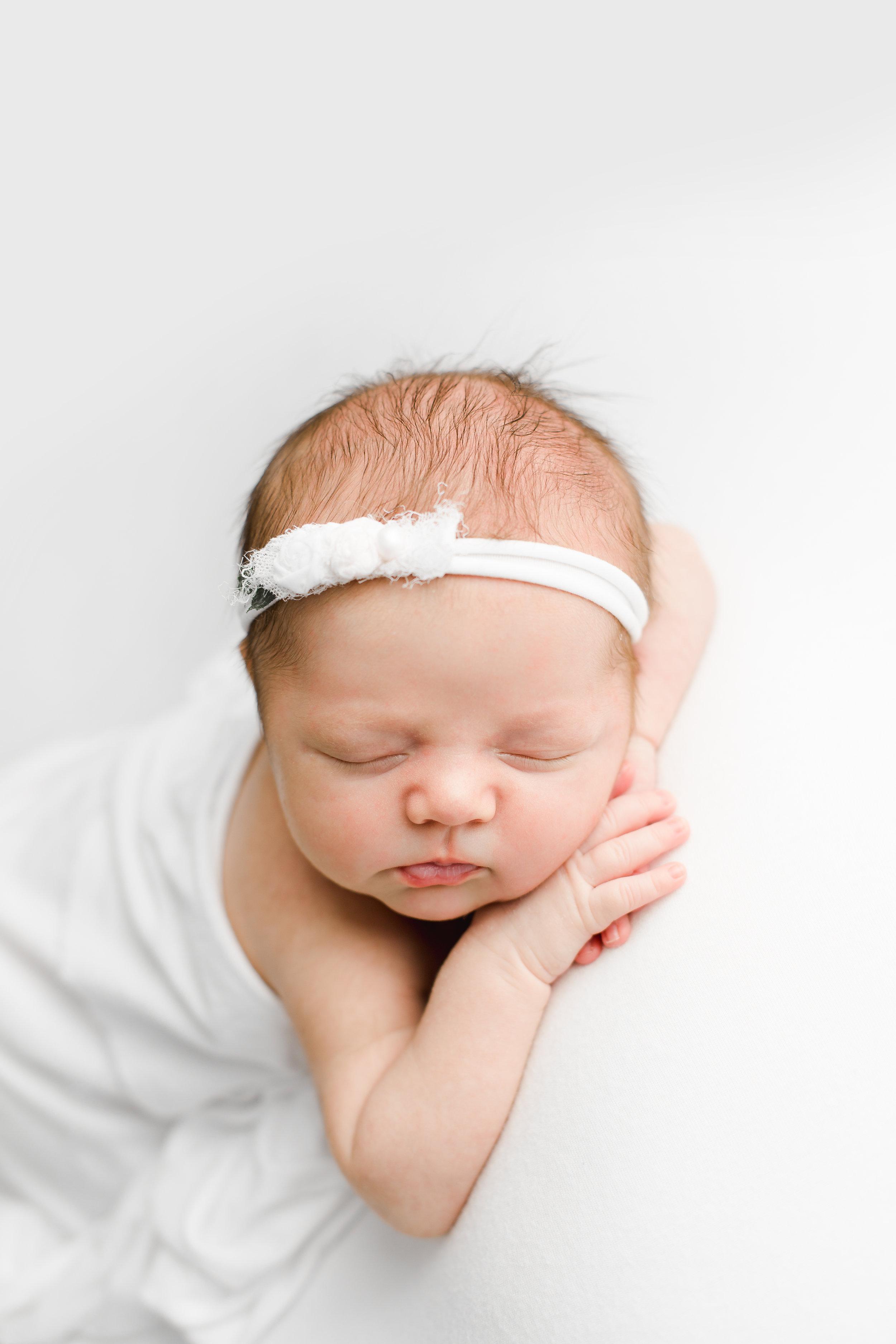 colleen-columbus-newborn-photographer-29.jpg