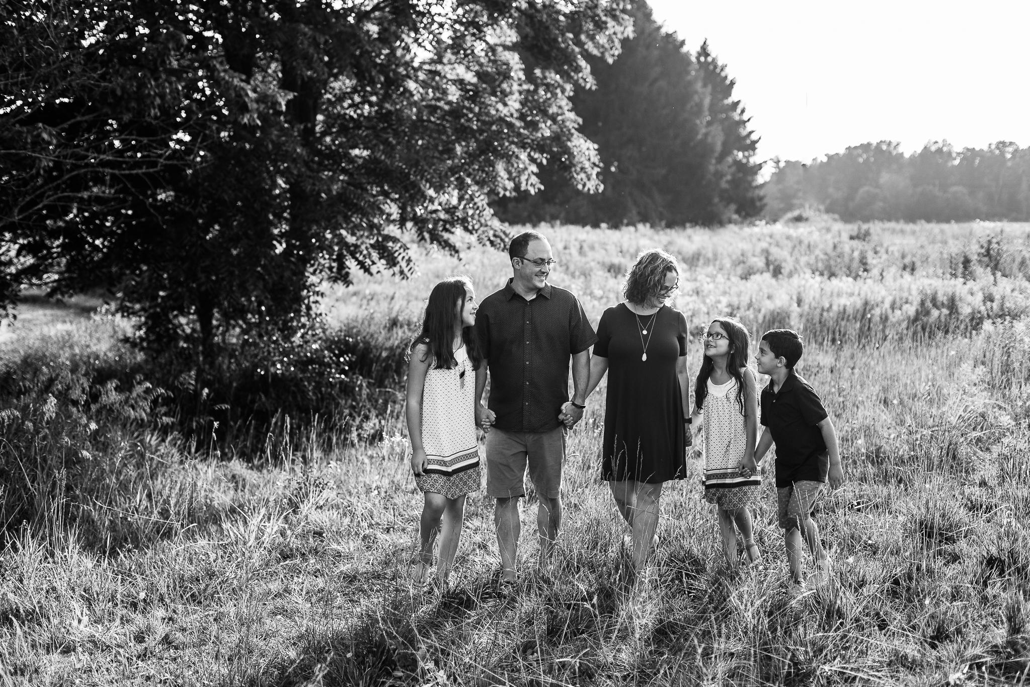 Grove City Ohio Family Photography at Scioto Grove Metro Park