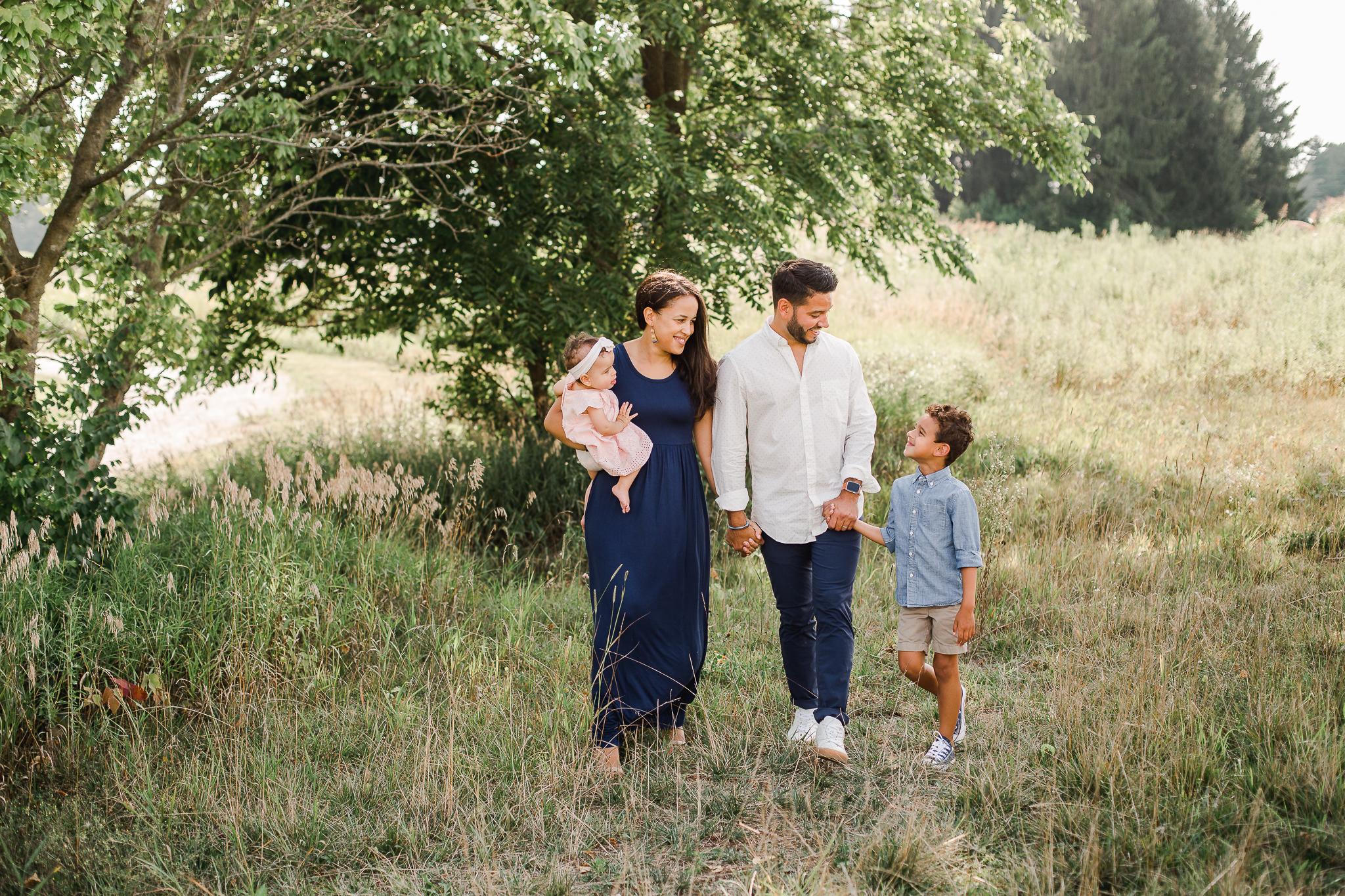 Walking Family Photo in Columbus Ohio