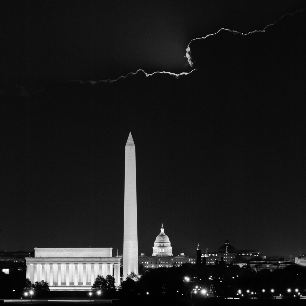 Monumental Cloud