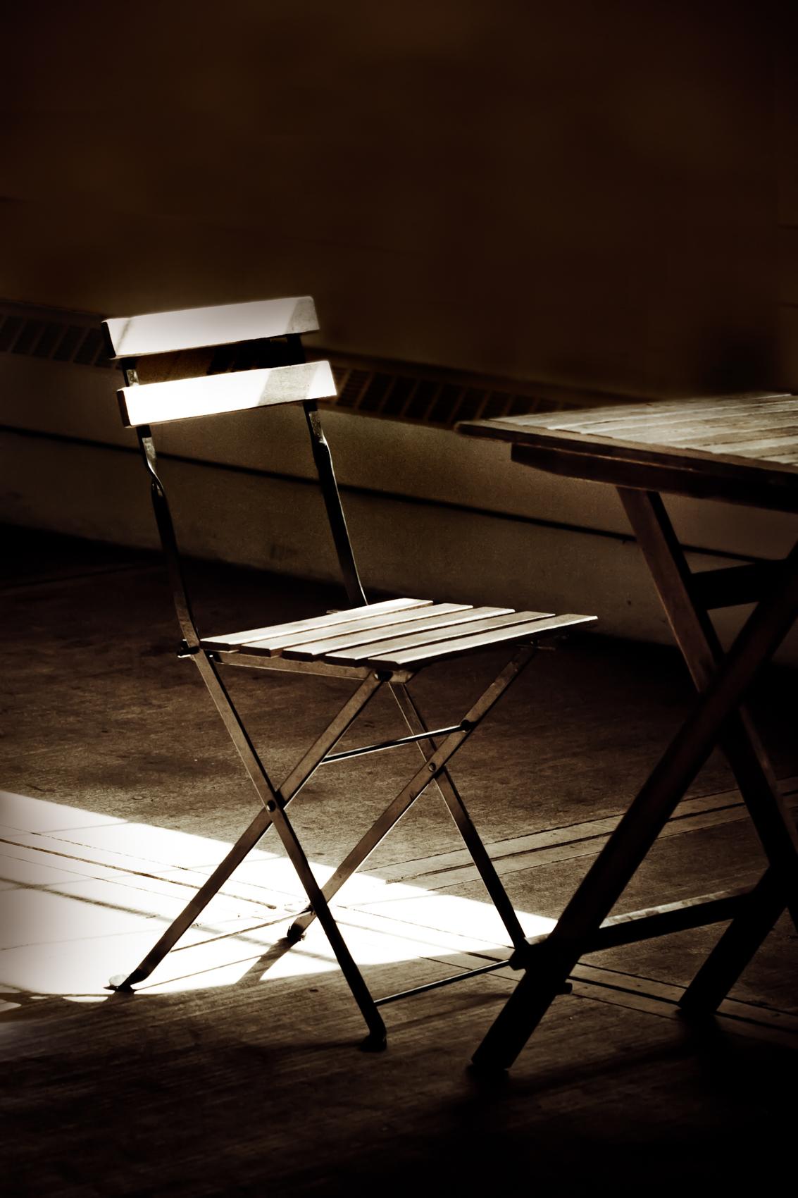 09-Chair