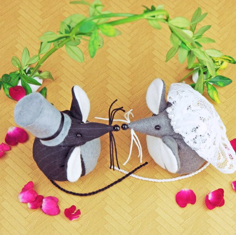 Handmade tweed wedding mice paperweights.