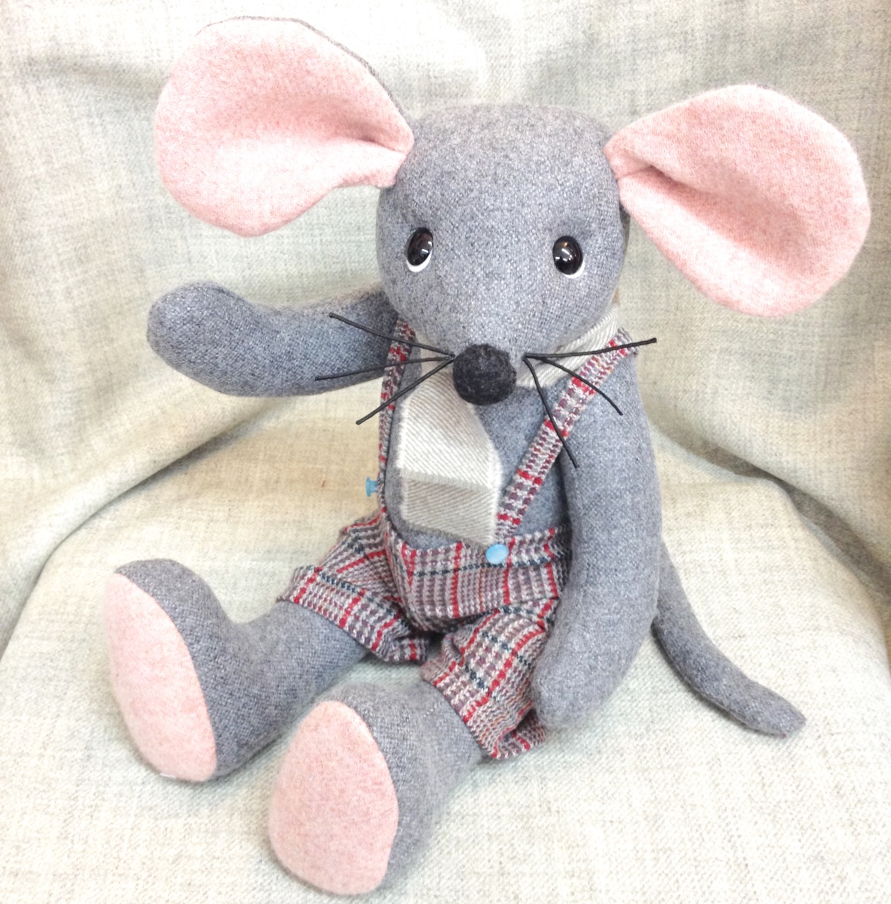OOAK artist collectible mouse Maximus.