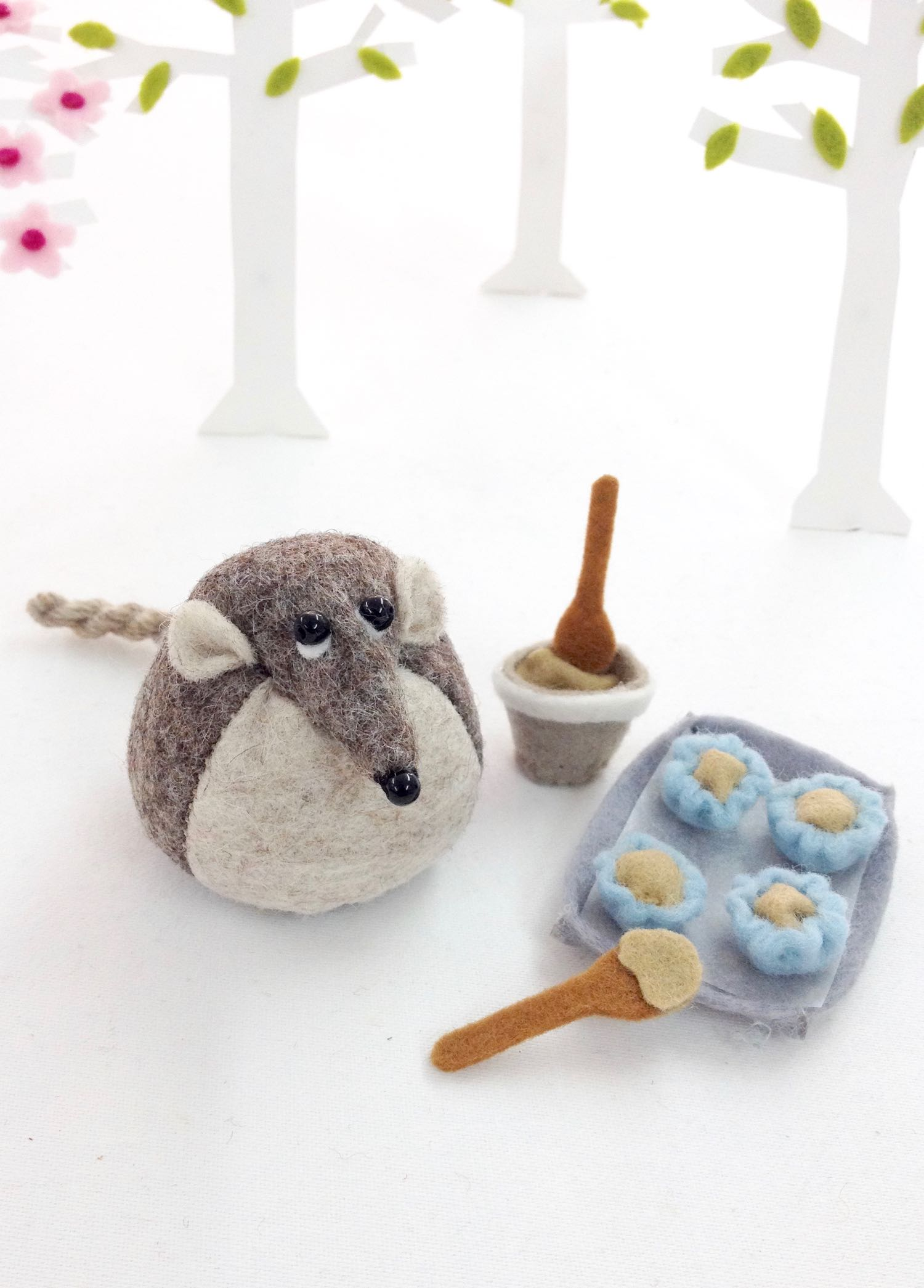 Henry the Harvest Mouse by Laura Mirjami | Mirjami Design