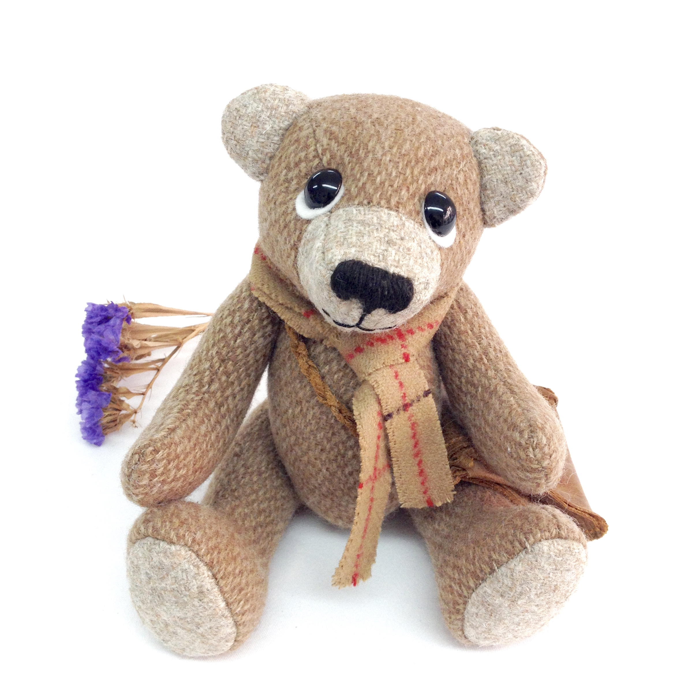 Otis artist bear by Laura Mirjami | Mirjami Design