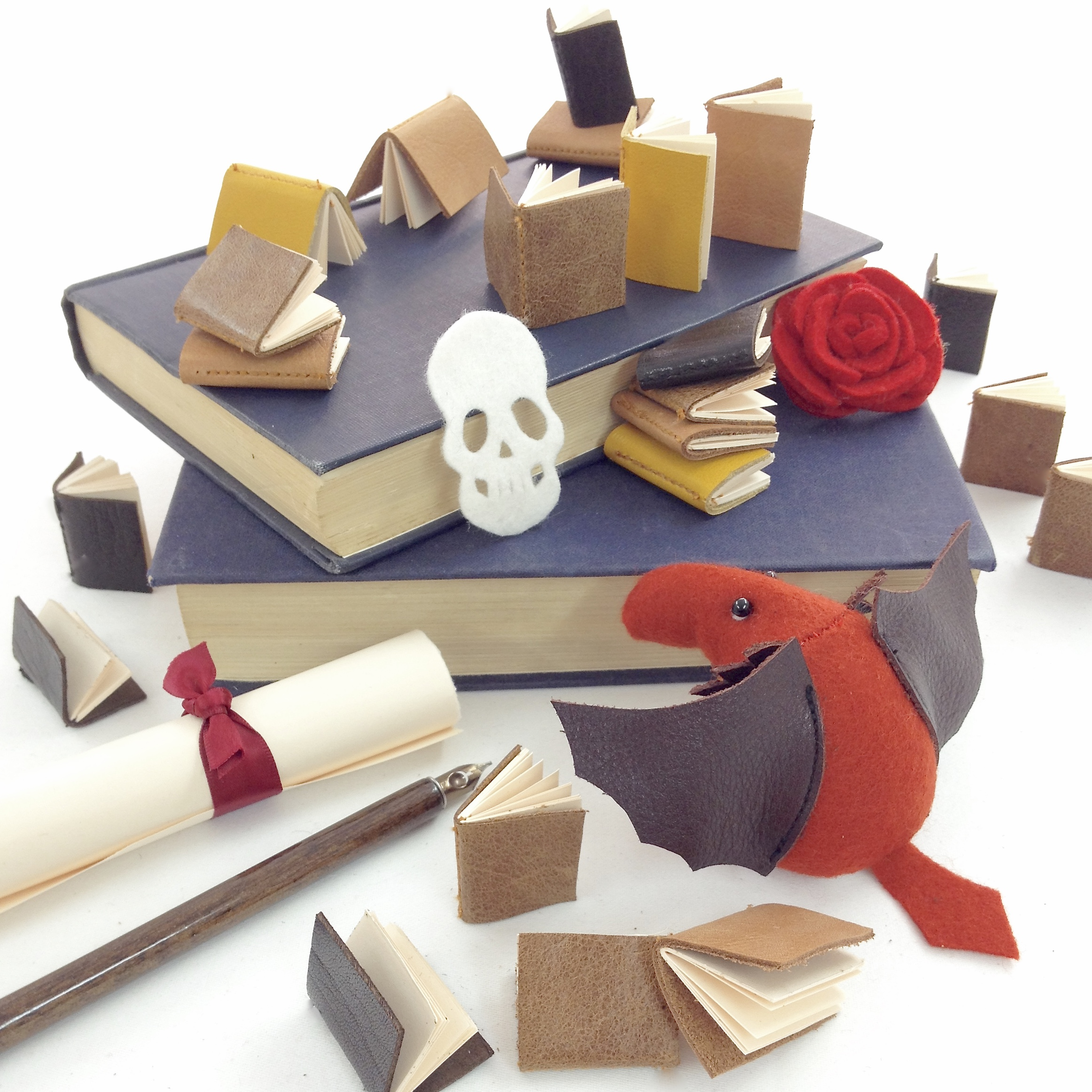 Bilberry Woods character David the Dragon and miniature books by Laura Mirjami | Mirjami Design