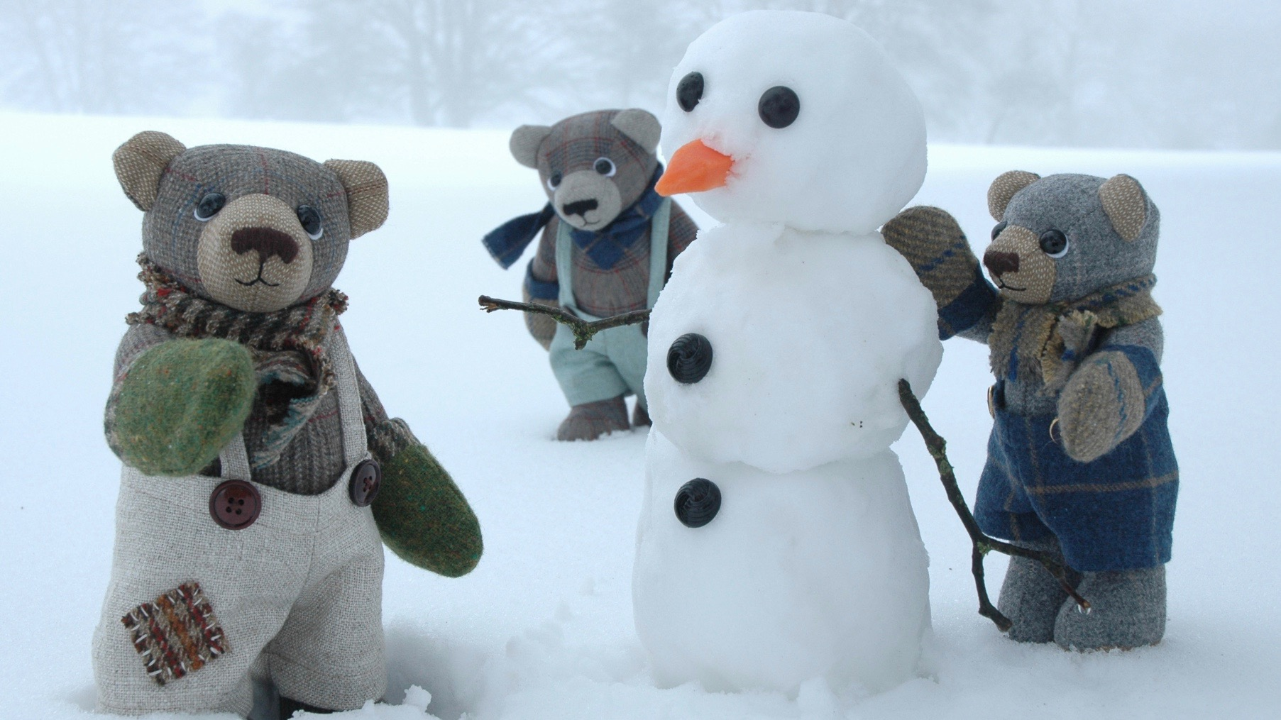 Collectible artist teddy bears by Laura Mirjami