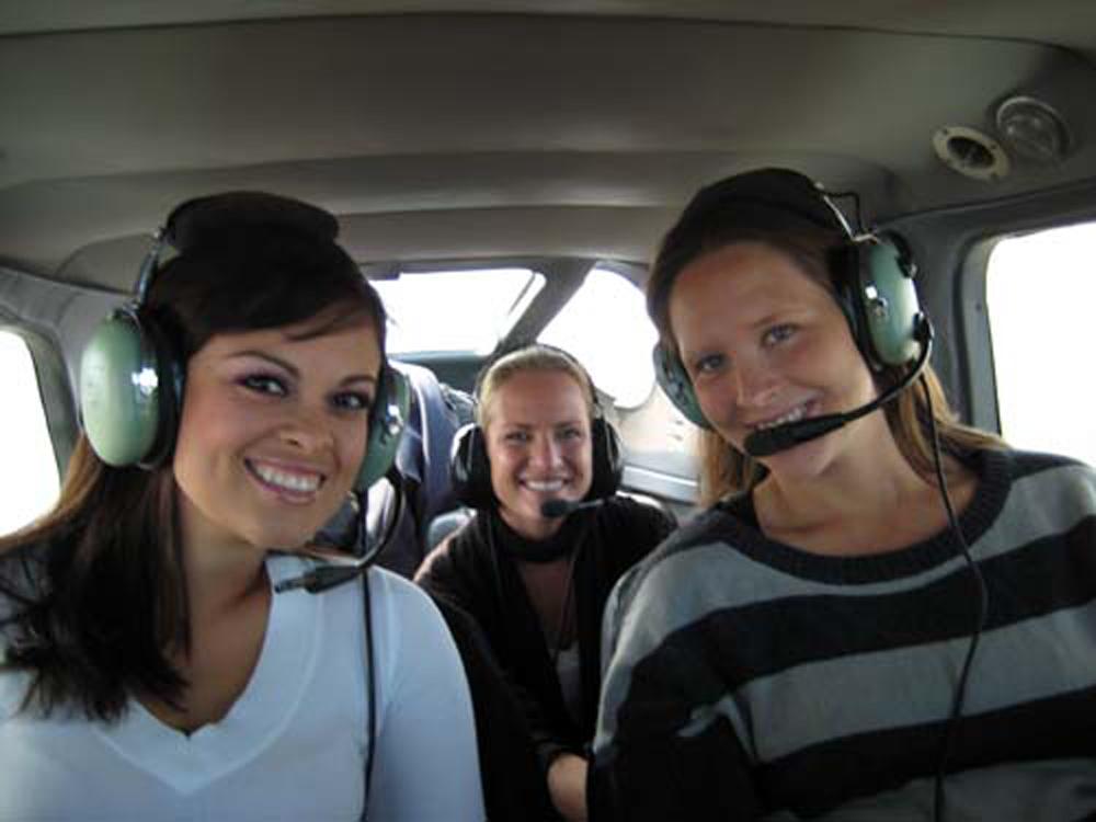 Up to 5 passengers per airplane