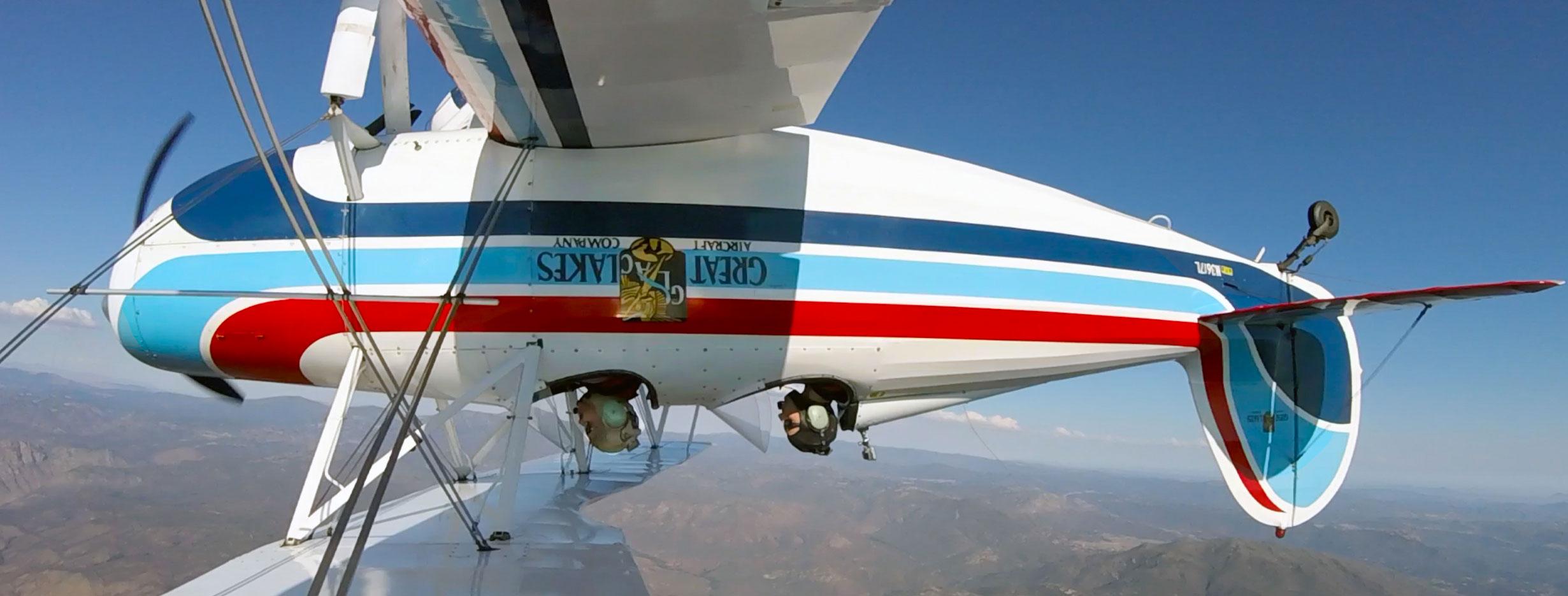 Aerobatics_tour_inverted_Flight_web.jpg