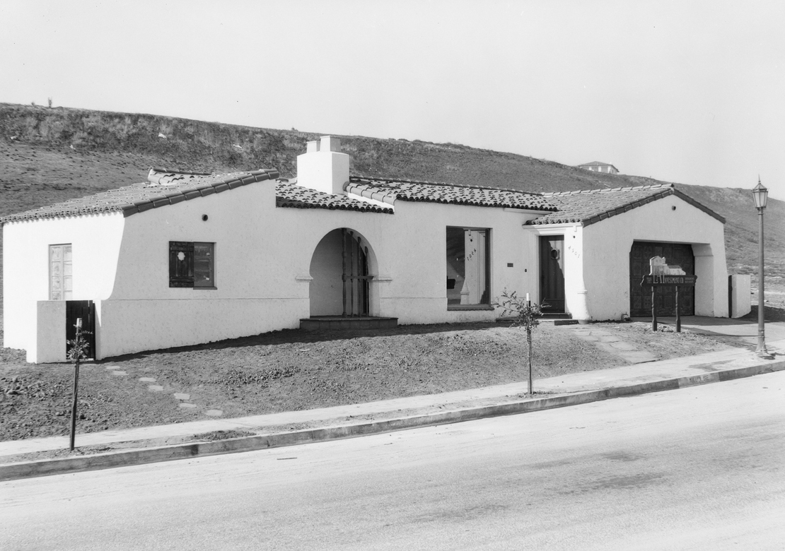 Homes_in_View_Park__View_Heights_Los_Angeles_CA_1928_image_3.jpg