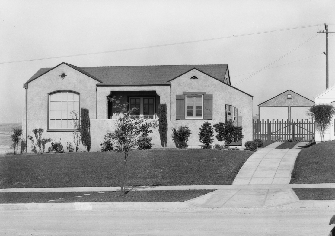 Homes_in_View_Park__View_Heights_Los_Angeles_CA_1928_image_4.jpg