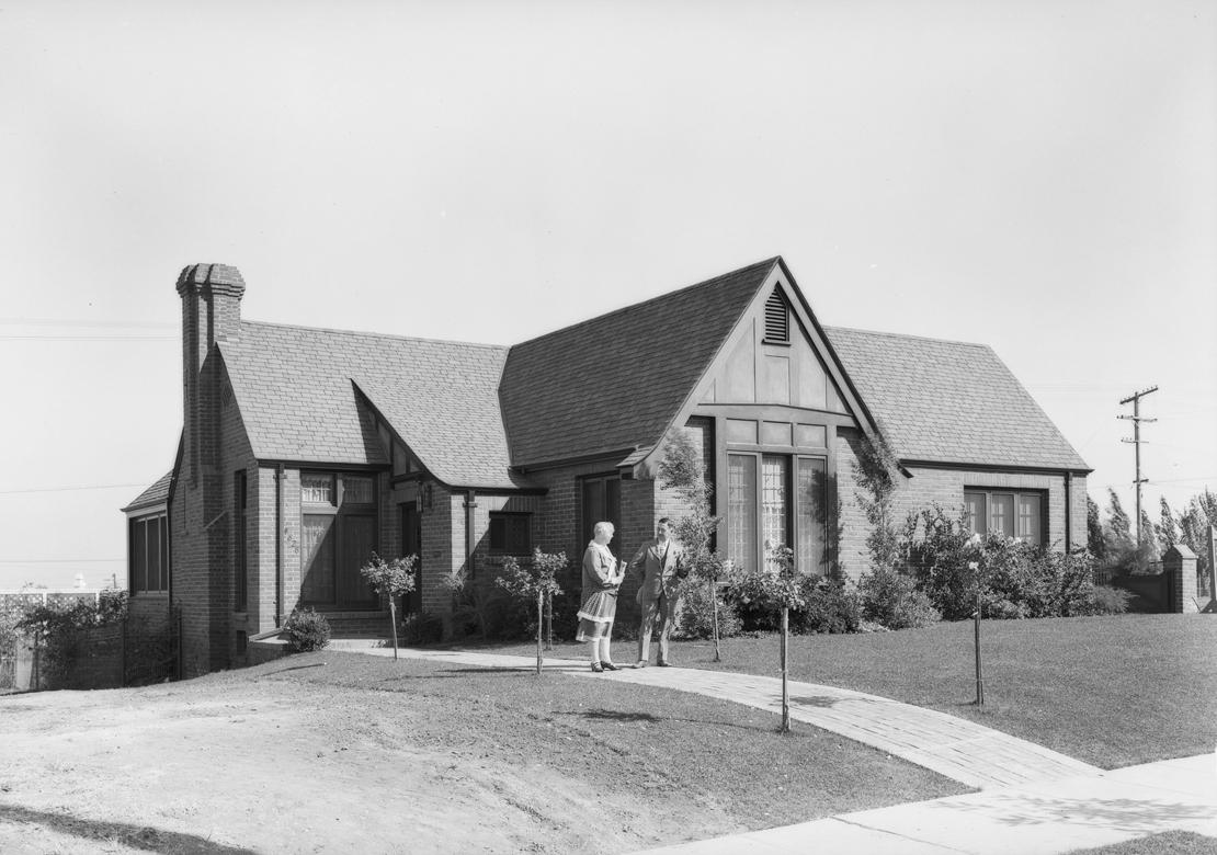View_Park_Los_Angeles_CA_1927_image.jpg