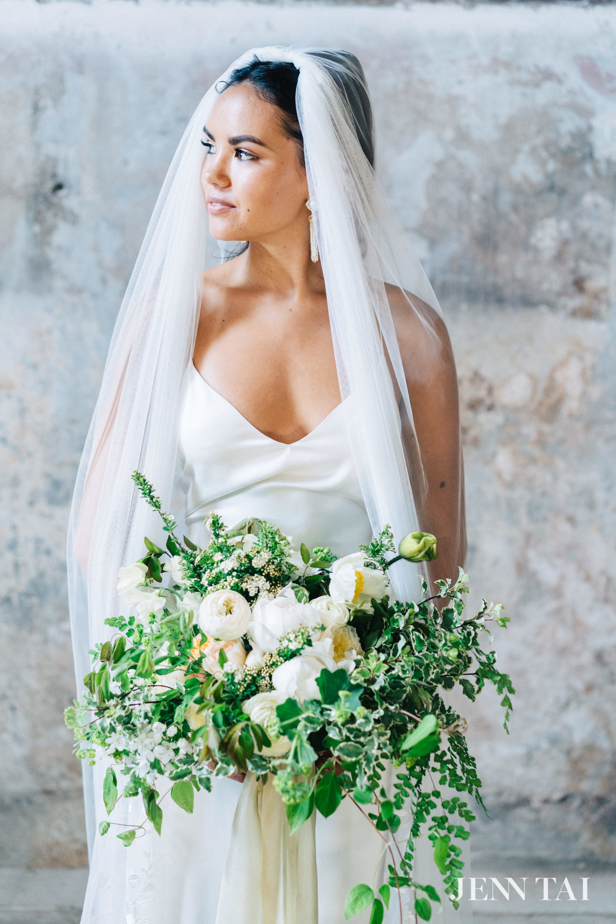 seattle-wedding-photographer-jenn-tai-max-gill-workshop-seattle-maura7677.JPG