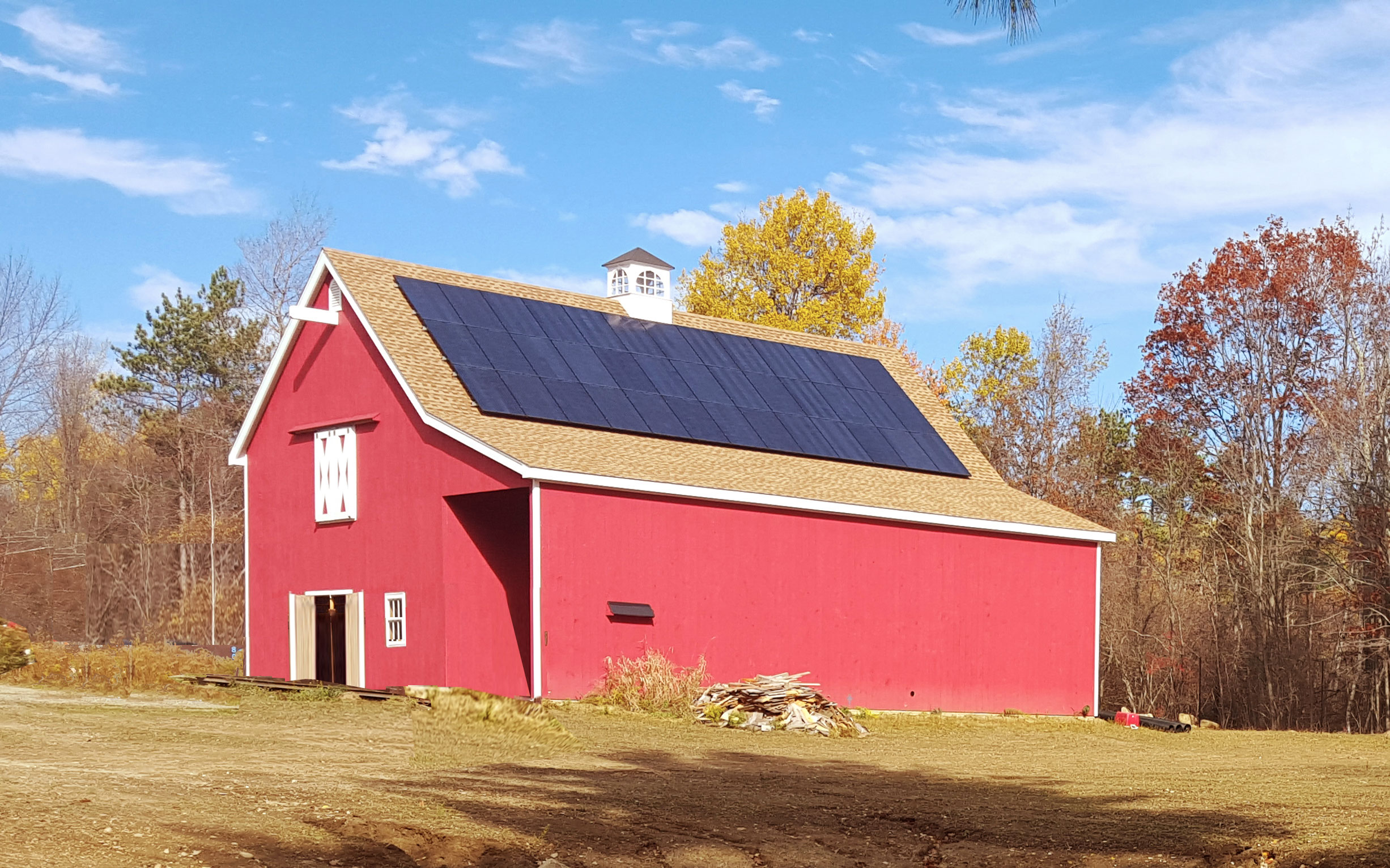 off-the-grid-litchfield-solar-PV-barn.jpg