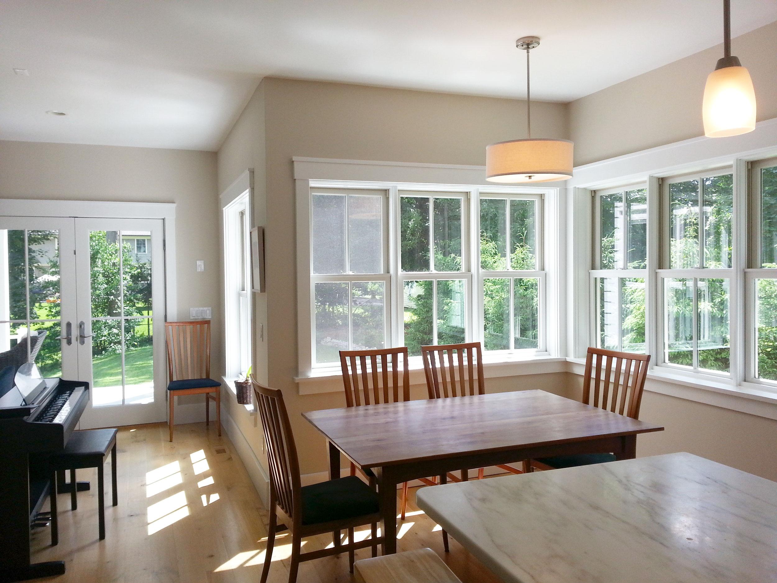 Westport-farmhouse-eat-in-kitchen.jpg