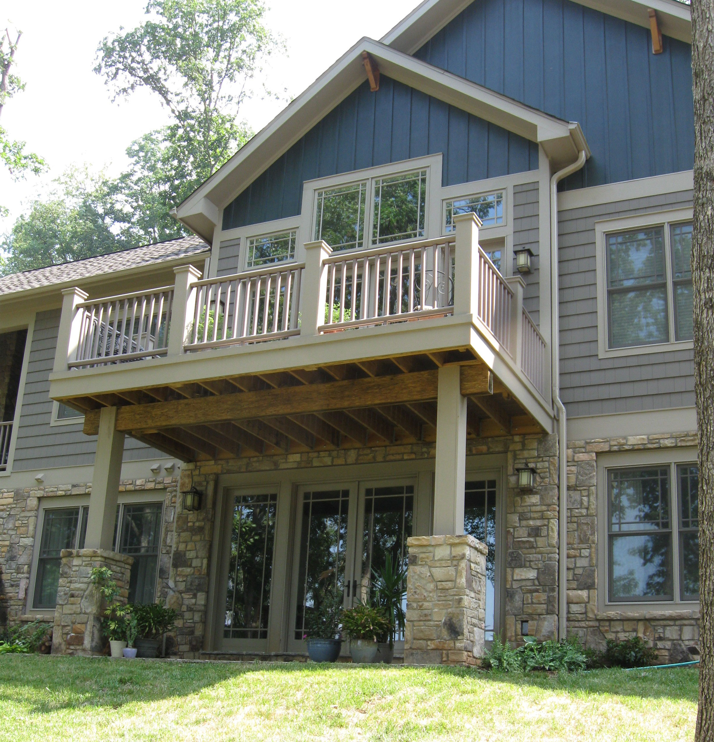 asheville-craftsman-dream-home--balcony.jpg