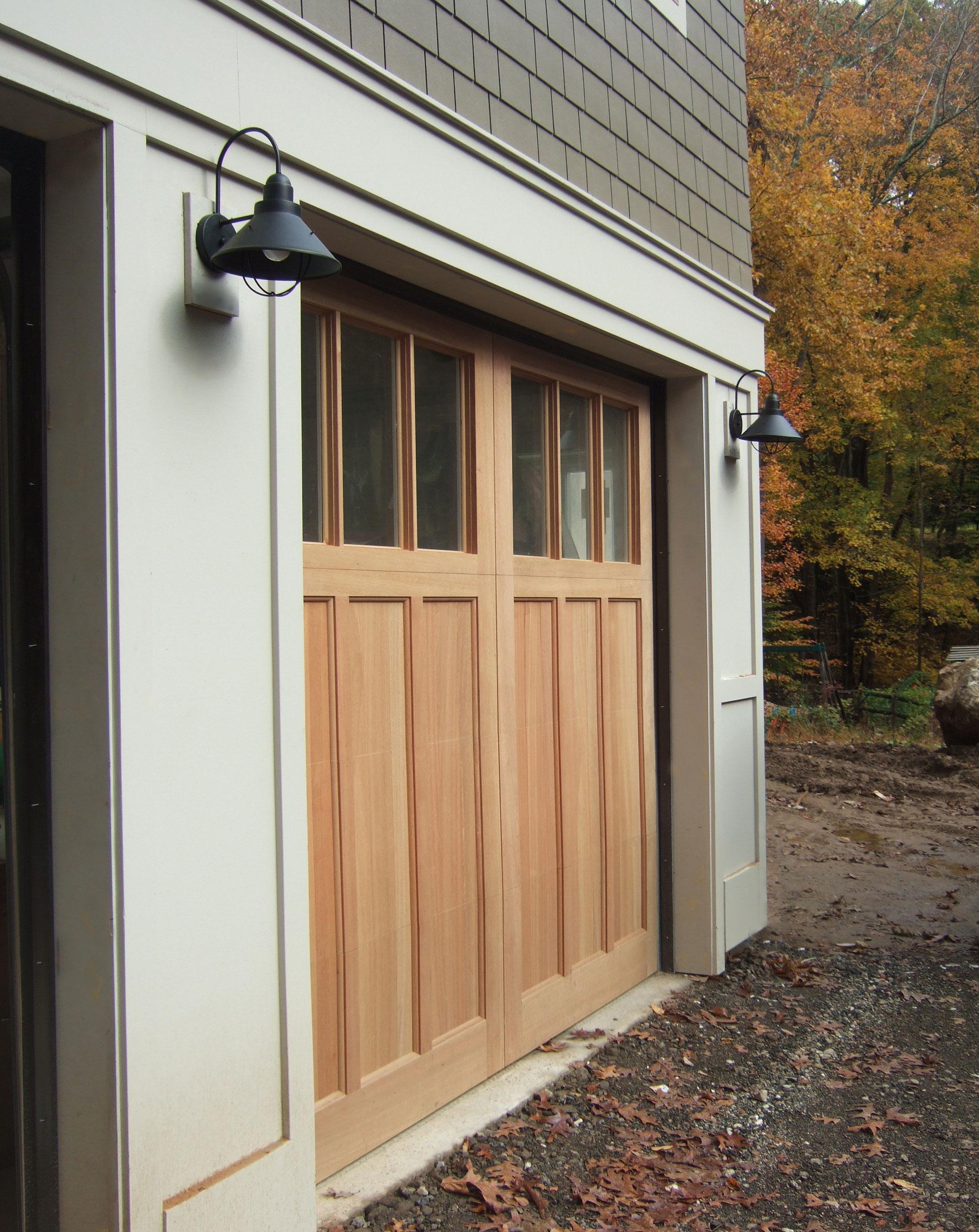 Rowayton-LEED-Gold-garage-door.jpg