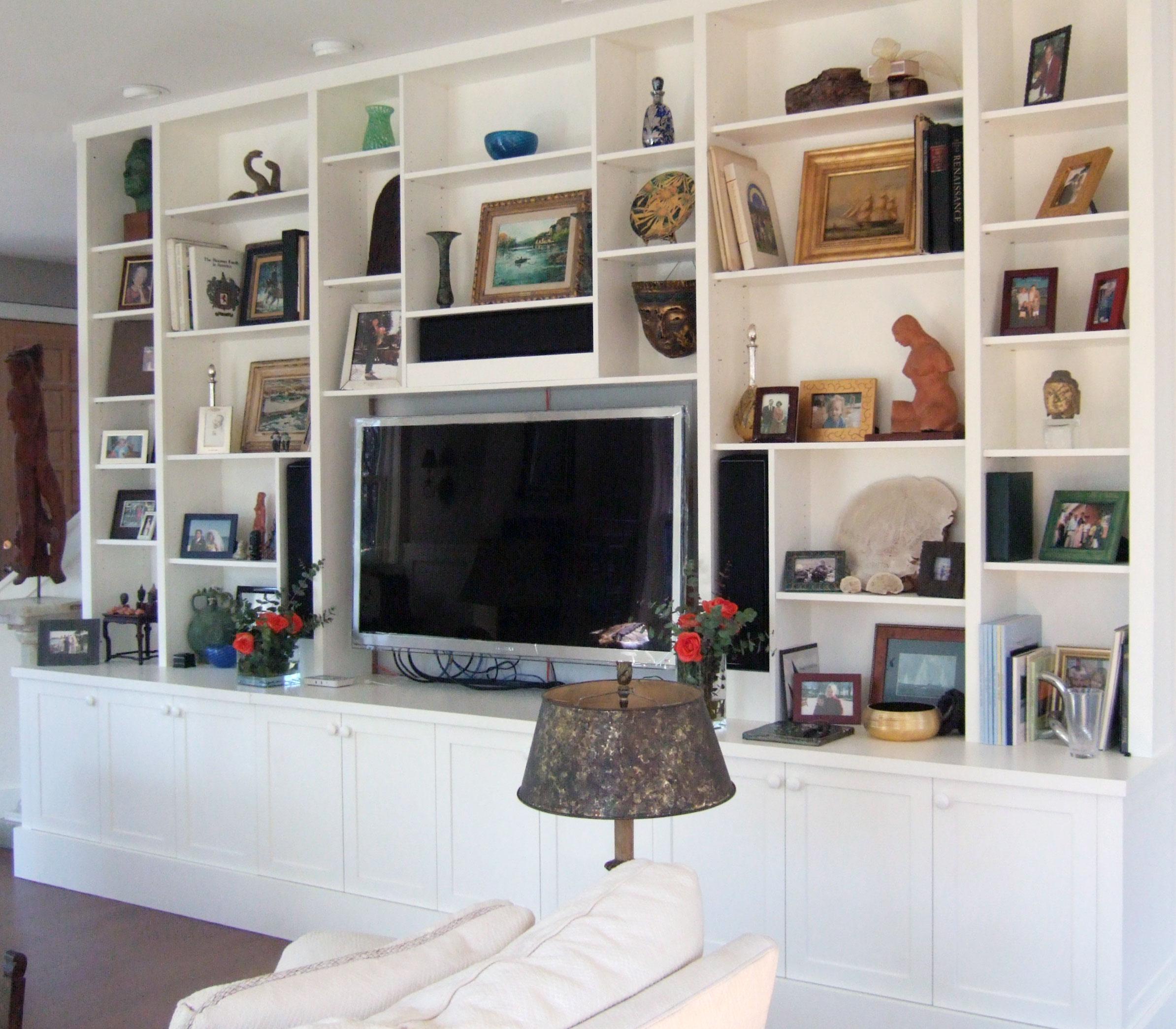 Rowayton-LEED-Gold-Living-Room-Built-ins.jpg